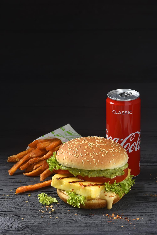 Burger und Pommes von Antje Plewinski Foodfotografie